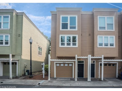 4824 SW View Point Ter, Portland, OR 97239 - MLS#: 18525219