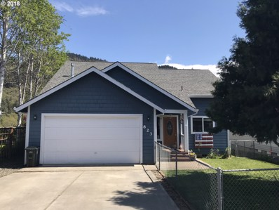 823 NE Stauch Ave, White Salmon, WA 98672 - MLS#: 18567114