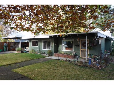 1060 Adams Ave, Cottage Grove, OR 97424 - MLS#: 18599395