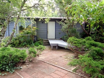 1623 Lincoln St, North Bend, OR 97459 - MLS#: 18607704