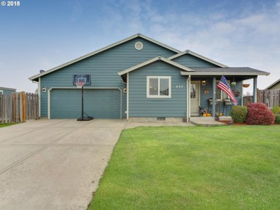 640 N 1ST St, Carlton, OR 97111 - MLS#: 18646383