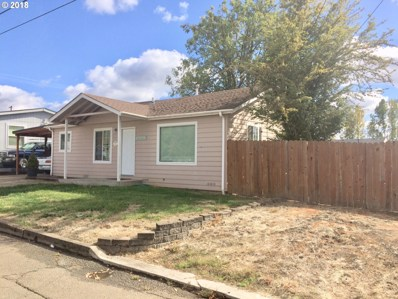 563 NE Clover Ave, Roseburg, OR 97470 - MLS#: 18650495