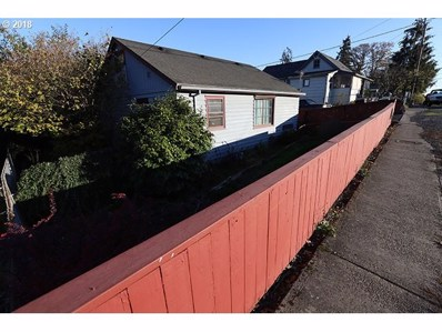 280 S 18TH St, St. Helens, OR 97051 - MLS#: 18656457