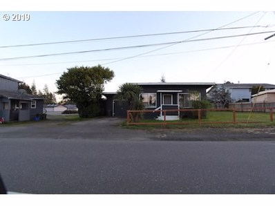 2045 16TH, North Bend, OR 97459 - MLS#: 19237747