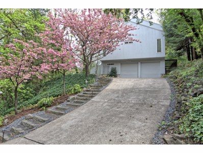 802 SW Terwilliger Pl, Portland, OR 97239 - MLS#: 19289964