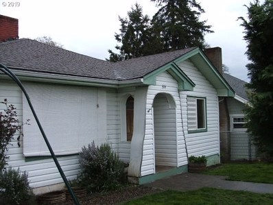 304 S 18TH St, St. Helens, OR 97051 - MLS#: 19486351