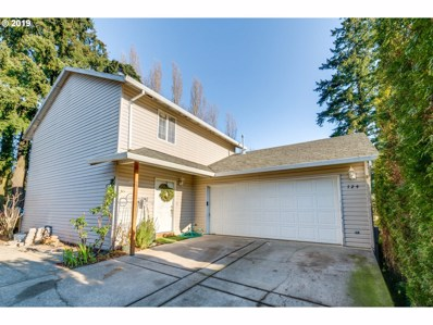 724 Wynooski St, Newberg, OR 97132 - MLS#: 19547779