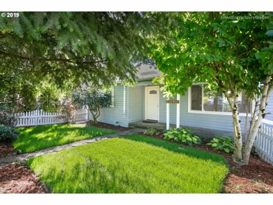 12246 SE Kelly St, Portland, OR 97236 - MLS#: 19685434