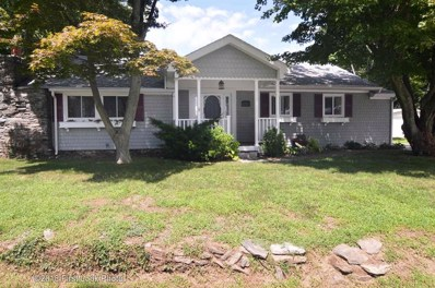 19 Lakeview Dr, Smithfield, RI 02828 - MLS#: 1200802