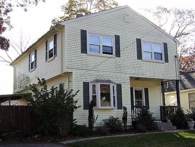 106 Pine Grove Ave Av, Warwick, RI 02889 - #: 1214667