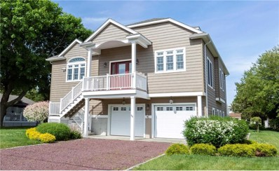 27 Fishermans Av, Westerly, RI 02891 - #: 1226787