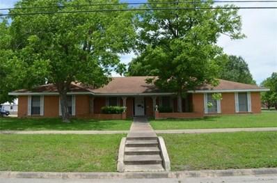 904 Davis St, Taylor, TX 76574 - MLS##: 9050172