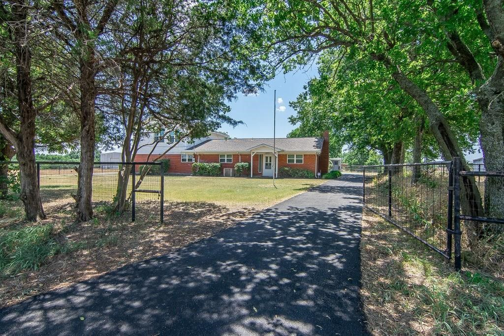 4052  County Road 412