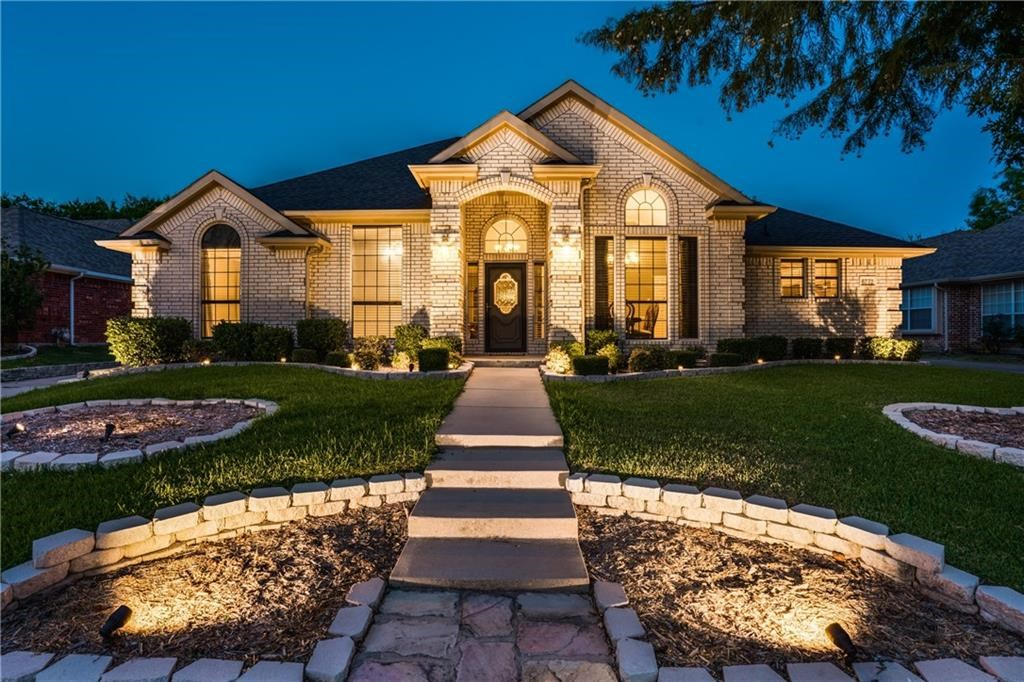 6772  Brittany Park