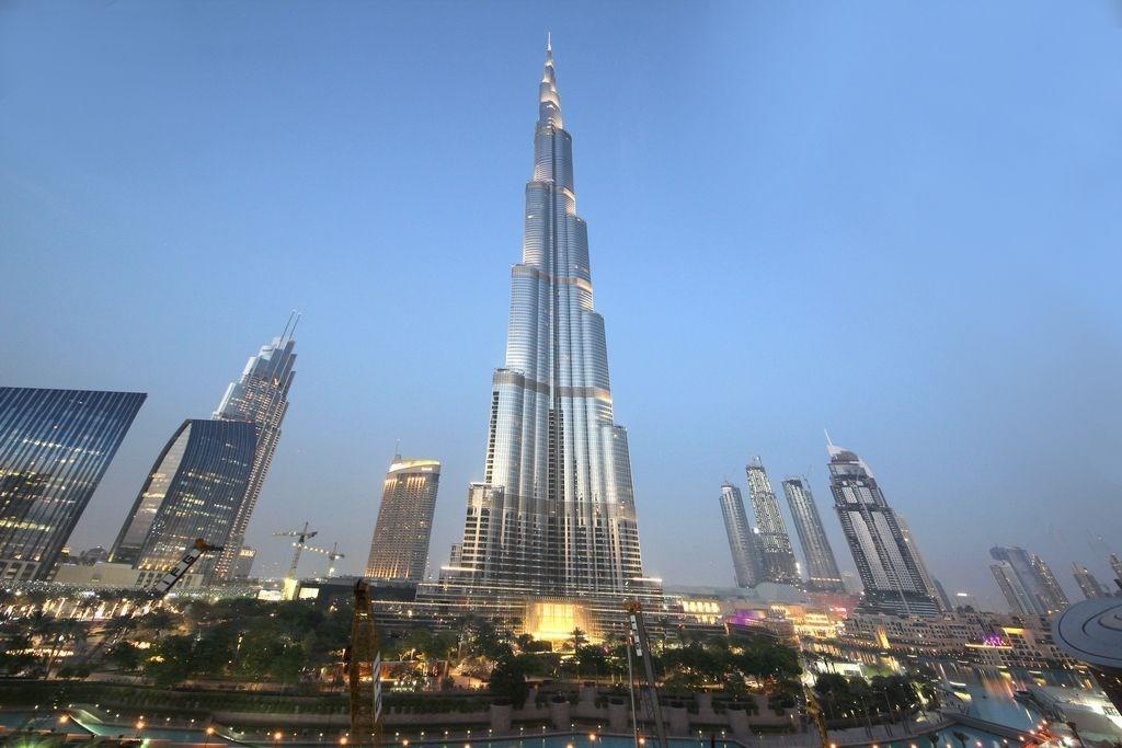 155  Burj Khalifa  5310