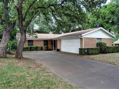 119 Reaves Court, Euless, TX 76040 - #: 13852005