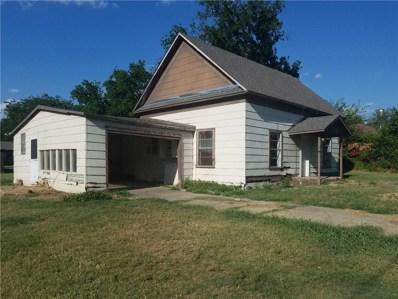 518 W McCart Street W, Krum, TX 76249 - #: 13873121