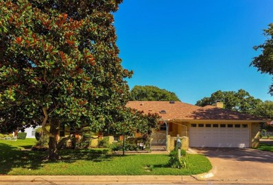2011 N Meadow Way Circle N, Arlington, TX 76015 - MLS#: 13880454