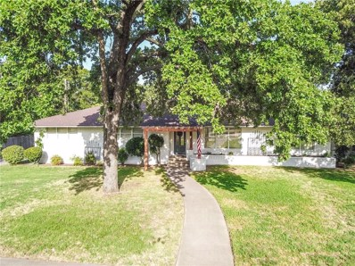 915 E Sherman Drive E, Denton, TX 76209 - #: 13893940