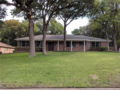 709 Hurst Drive, Bedford, TX 76022 - MLS#: 13894782