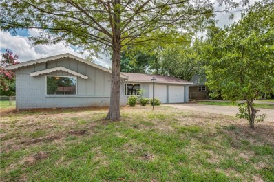 201 W Huitt Lane W, Euless, TX 76040 - #: 13926908