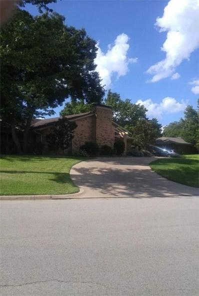 24 Crosslands Road, Benbrook, TX 76132 - #: 13952517