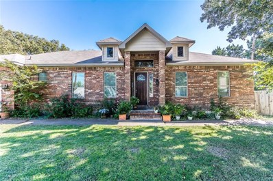 702 Oakwood Drive, Irving, TX 75061 - MLS#: 13960167