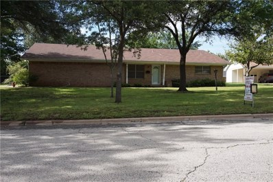 1417 Oak Hills, Graham, TX 76450 - MLS#: 13978709