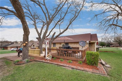 301 E Mimosa Street, Crandall, TX 75114 - #: 14013709