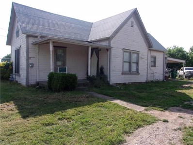 204 Taylor Street, Bowie, TX 76230 - #: 14069873