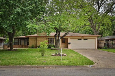920 Ridgewood Terrace, Arlington, TX 76012 - #: 14074629