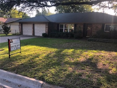 2018 Bowling Green Street, Denton, TX 76201 - #: 14180261