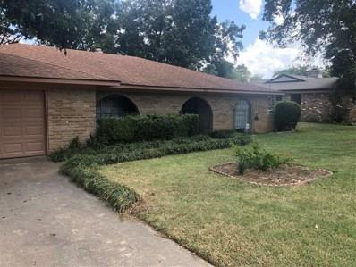 910 Harber Avenue, Grapevine, TX 76051 - #: 14199086