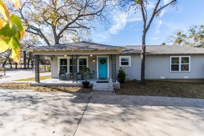 526 Ball Street, Grapevine, TX 76051 - #: 14200139