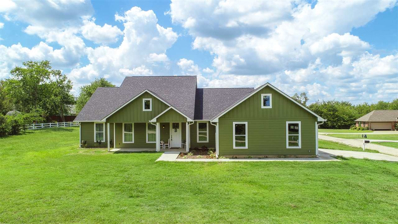 11 W Oakwood, Mt Vernon, TX 75457 - #: 10098946