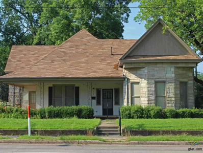 413 W 1st, Mt Pleasant, TX 75455 - #: 10109268