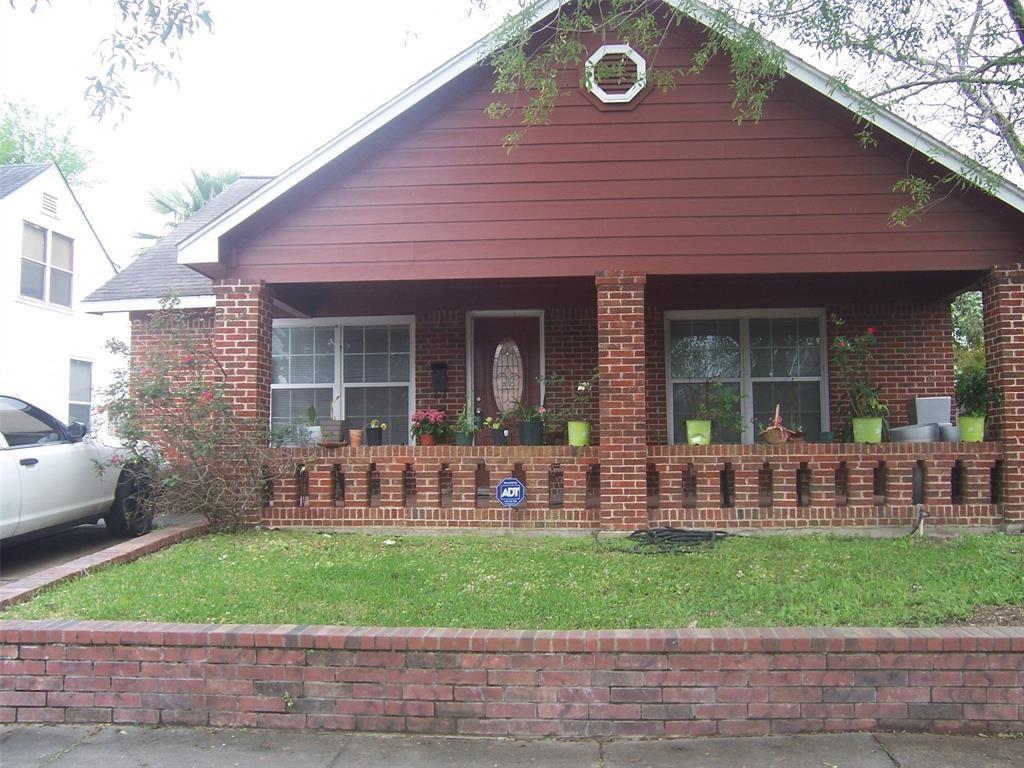 2511  Auburndale Street, 4