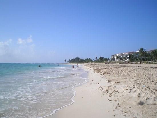 25  Avenida Playa Paraiso