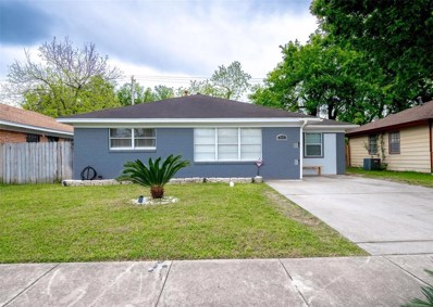 818 Roper Street, Houston, TX 77034 - #: 30921970