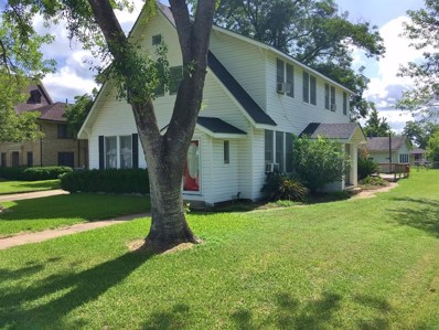 404 N Center Street, Weimar, TX 78962 - #: 49520961