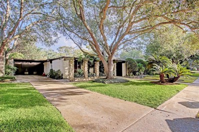 5234 Loch Lomond Drive, Houston, TX 77096 - #: 72945811