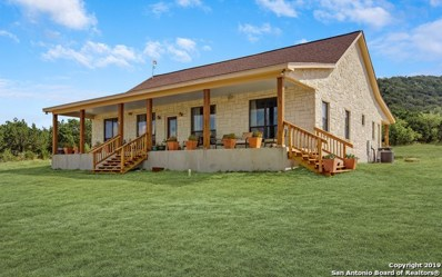 1408 Bear Springs Trail, Pipe Creek, TX 78063 - #: 1421977