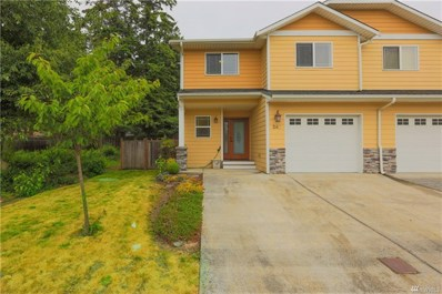 240 NE Melrose Dr, Oak Harbor, WA 98277 - MLS#: 1309508