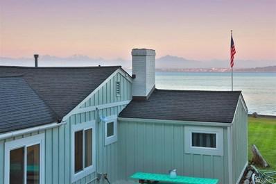 6695 Columbia Beach Dr, Clinton, WA 98236 - #: 1470545