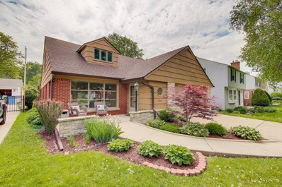 6048 N Lydell Ave, Whitefish Bay, WI 53217 - #: 1588933