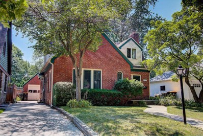 8021 Hillcrest Dr, Wauwatosa, WI 53213 - #: 1600660