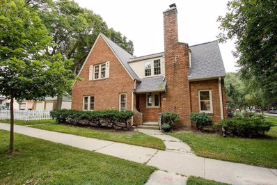 7927 Rogers Ave, Wauwatosa, WI 53213 - #: 1605366