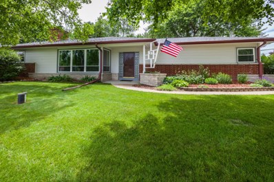 11521 W Bel Mar Dr, Franklin, WI 53132 - #: 1606240