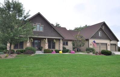 800 E Oak Ln, Oak Creek, WI 53154 - #: 1611115