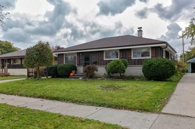 1527 W Holmes Ave, Milwaukee, WI 53221 - #: 1612272